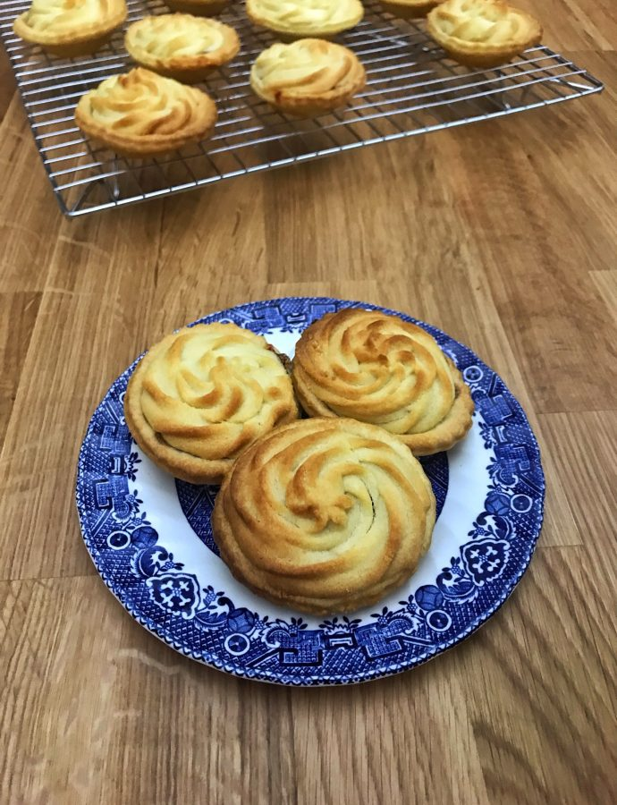Viennese Whirl Mince Pies